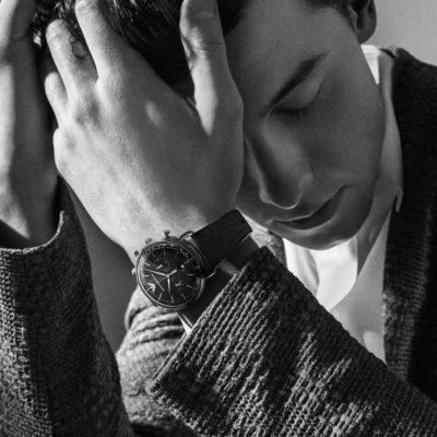 Procede e si amplia la collaborazione tra Emporio Armani e Shawn Mendes